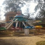 オジサンと2人っきりでデート ?ルワンダの遊園地を貸切りで遊んだった。